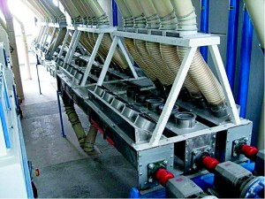 Sabirni puževi sa sistemom za raspodelu pasažnih brašna